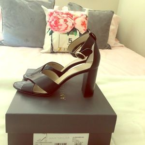 NWT Ann Taylor Leather Block Heels